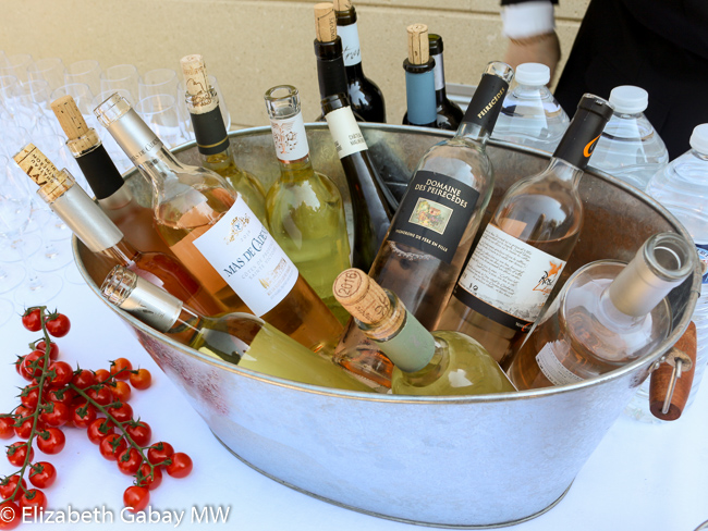 Buckets of wine at the buffet. Photo by Elizabeth Gabay MW